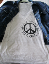 Load image into Gallery viewer, Peace Silk Screen T-Shirt