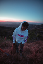 Load image into Gallery viewer, SYRE TOUR HOODIE, WHITE