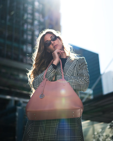 Tips and trick to clean a leather handbag