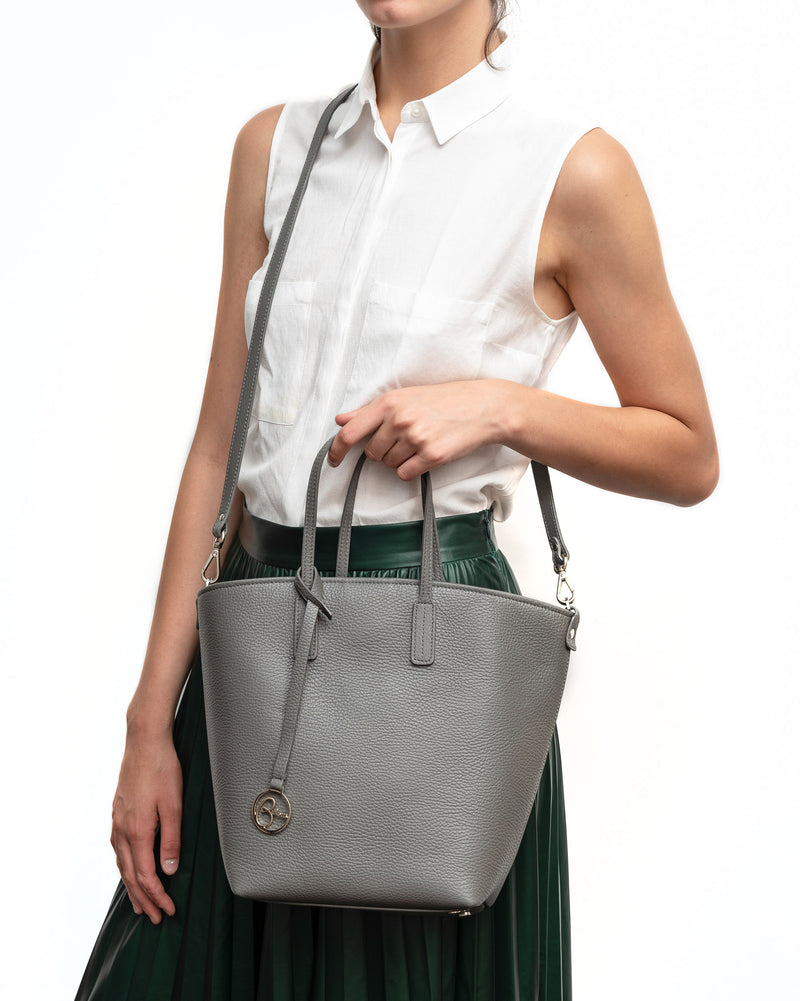 Frida X bucket leather bag retro powder blue