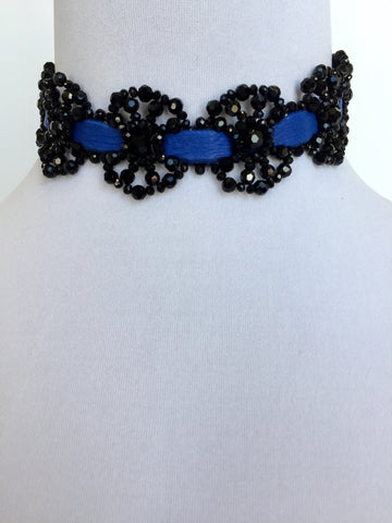 Julieta Choker in Jet
