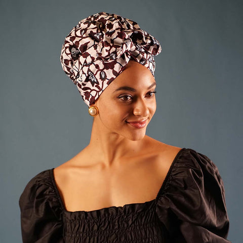 African Print Satin-Lined White Flower Pattern Nightcap
