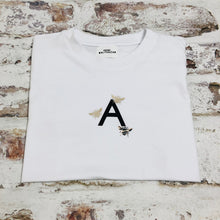 Load image into Gallery viewer, Children's personalised Initial and Bee t-shirt
