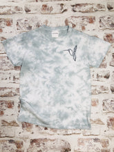 Load image into Gallery viewer, Tie-dyed Hummingbird t-shirt - Special edition