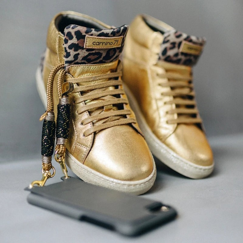 women sneaker in gold-leo | camino71