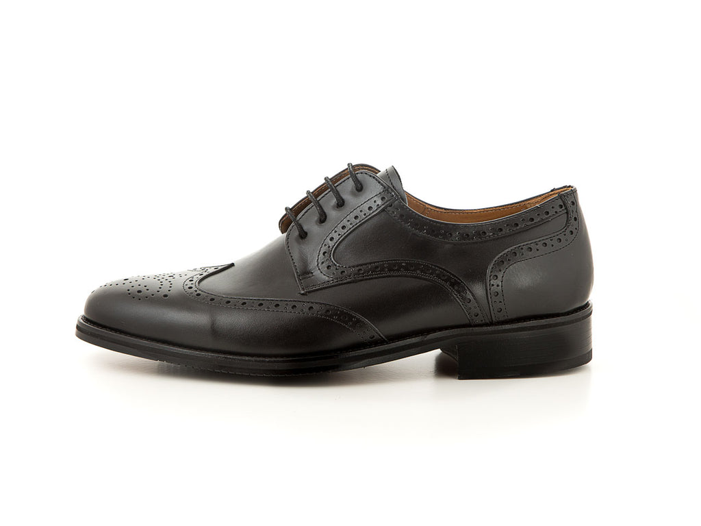 Elegant leather classic shoes for wedding all black | camino71