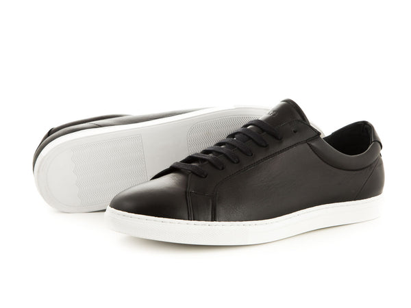 Elegant leather sneaker black white | camino71