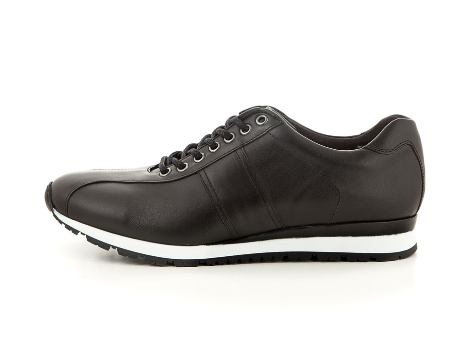 Elegant men's leather sneaker all black | camino71