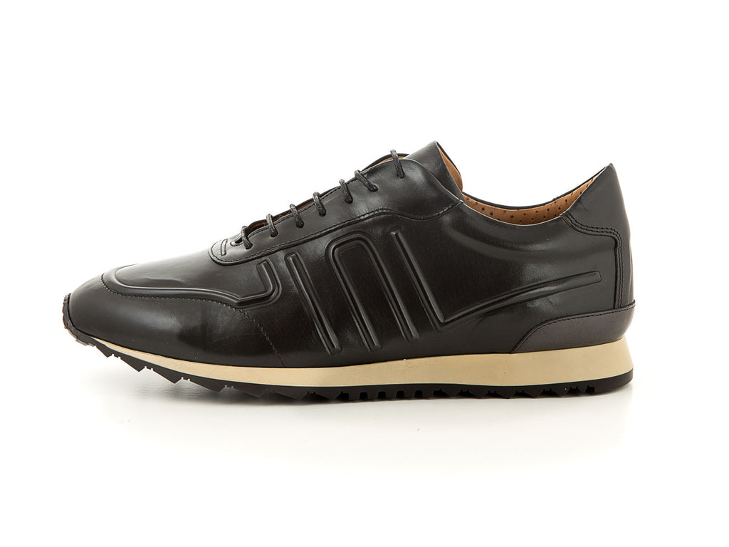 Elegant leather business sneaker made for men | camino71