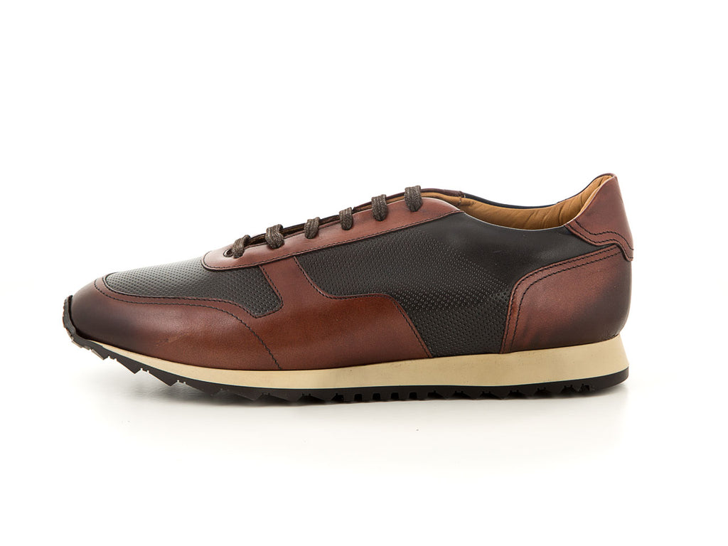Elegant men's footwear brown leather | camino71