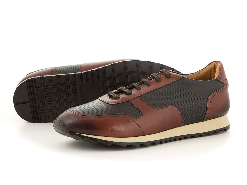 Elegant men's footwear made of leather | camino71