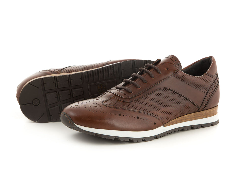 Elegant business men's sneaker soft leather brown | camino71