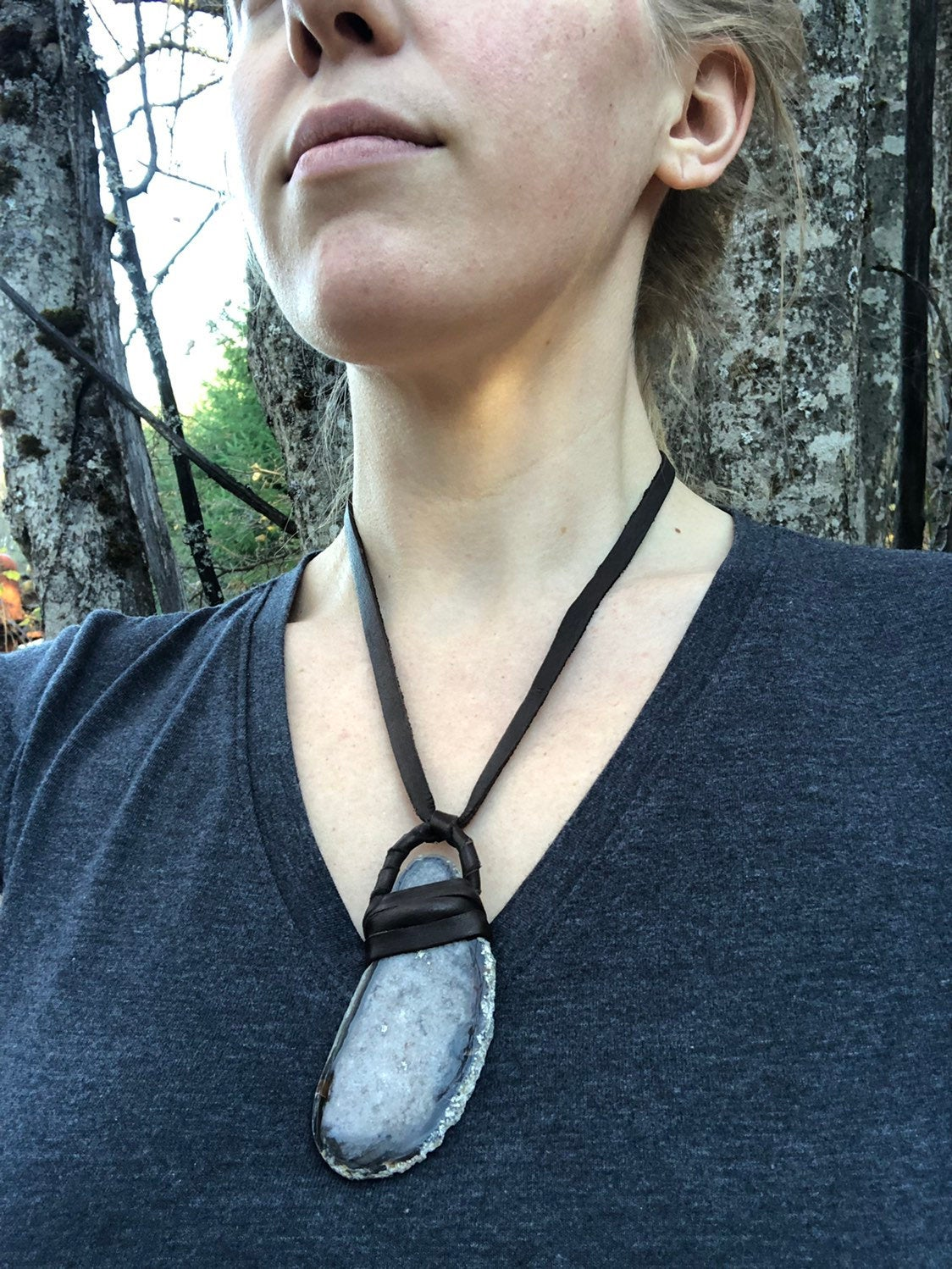 Geode Slice Leather Necklace / Stone Agate Slice Necklace / Geode Necklace / Deerskin Leather Wrapped Necklace / Leather Wrap Pendant