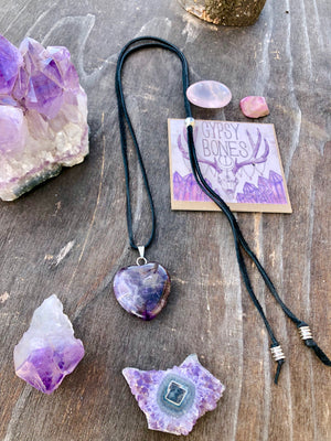 Amethyst Heart Necklace / Natural Purple Gemstone Heart / Amethyst Heart Pendant / February Birthstone / Leather Necklace Adjustable