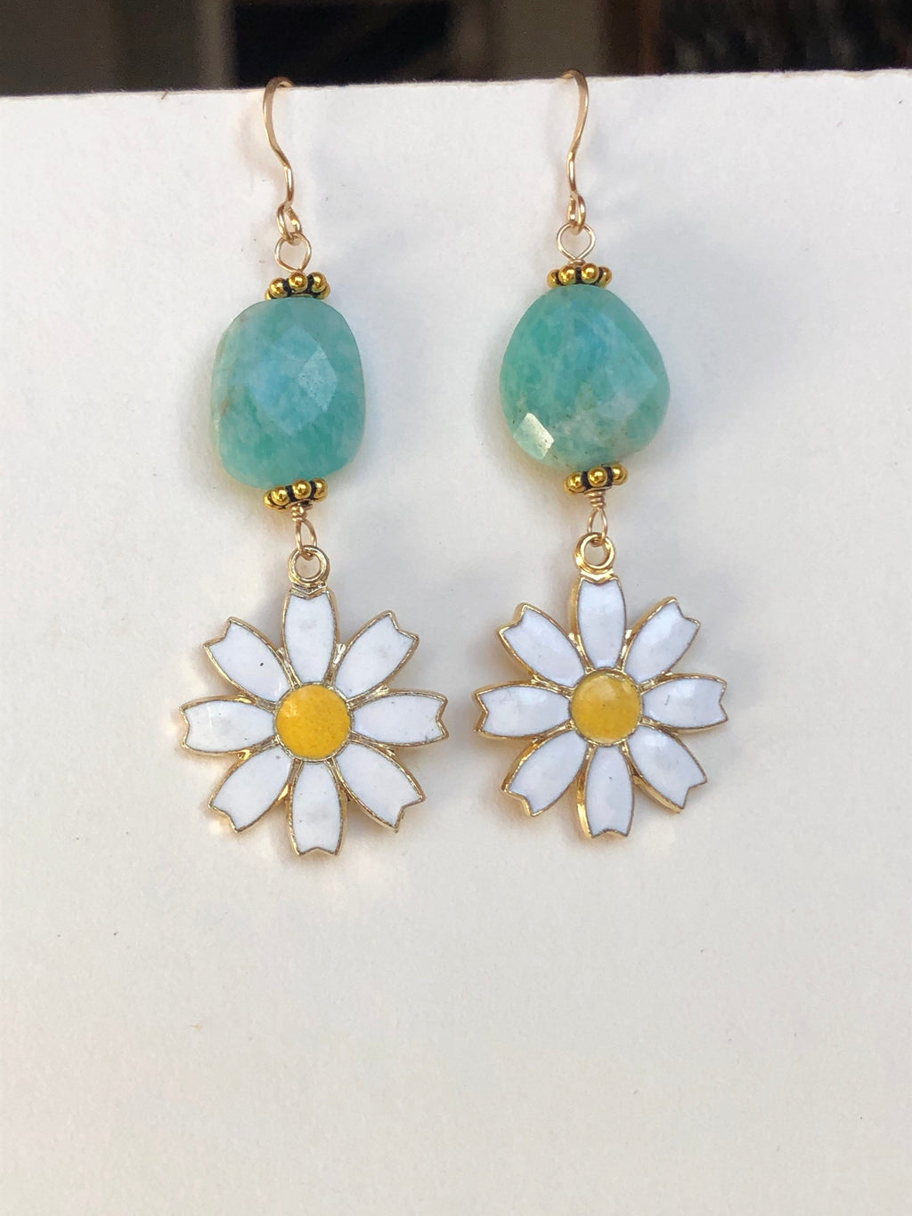 Amazonite Daisy Earrings / April Birth Flower Jewelry / AAA Quality Amazonite Faceted Gemstones / 14k Gold Filled / Vintage Daisy Charms