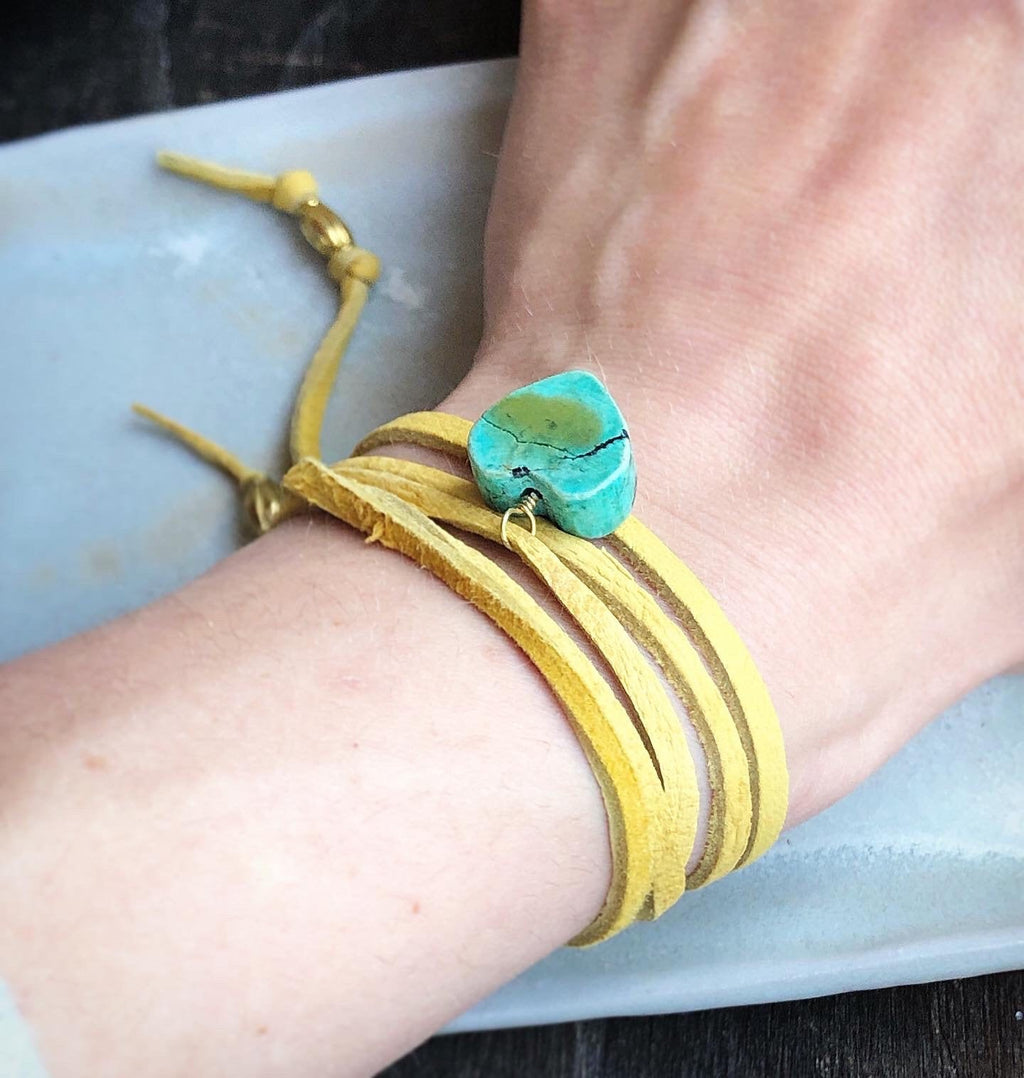 Vintage Turquoise Heart Leather Wrap Necklace Convertible Bracelet / Versatile Jewelry Leather Deerskin Tan / Adjustable Leather Wrap