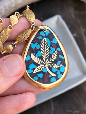 Pot Leaf Necklace / Vintage Turquoise Coral Inlaid Gold Plated Brass Pot Leaf Pendant Cannabis Lover Cannabis Jewelry Chain Cannabis Vintage