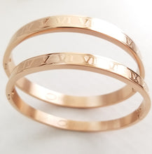 Load image into Gallery viewer, Personalized Dainty Roman Numeral Bracelet