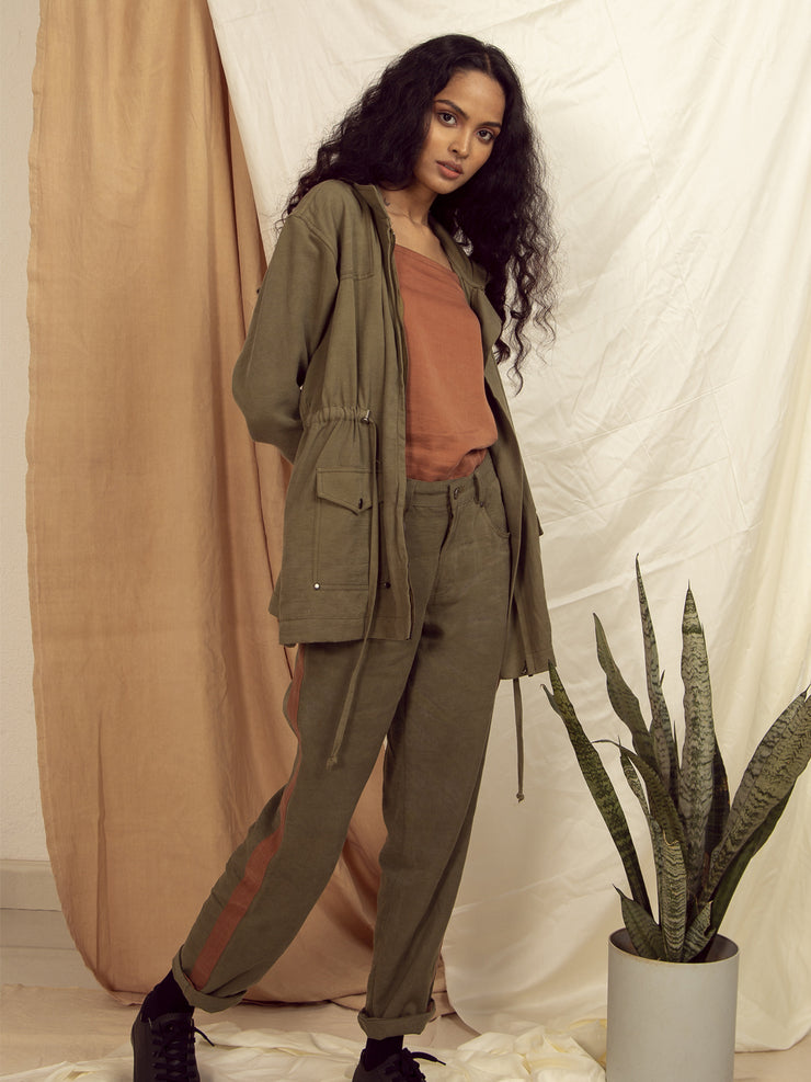 Milford Mid Rise Pants in Winter Moss