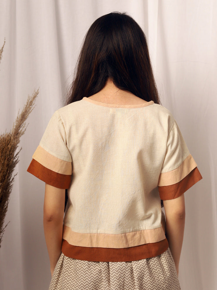 Layered T-shirt in Brown