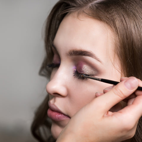 Creative Eye / Fashion / On Trend Make Up & Contouring