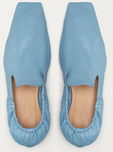 Load image into Gallery viewer, Blue Limitd edition shoes on clearance sale Hslop