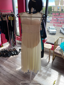 Buy online high quality CONSIGN - Weissmans White Sequin Lyrical Dress (IC) - The Movement Boutique - Kelowna