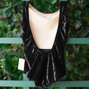 Buy online high quality Lucky Leo - Black Velvet Allure - The Movement Boutique - Kelowna