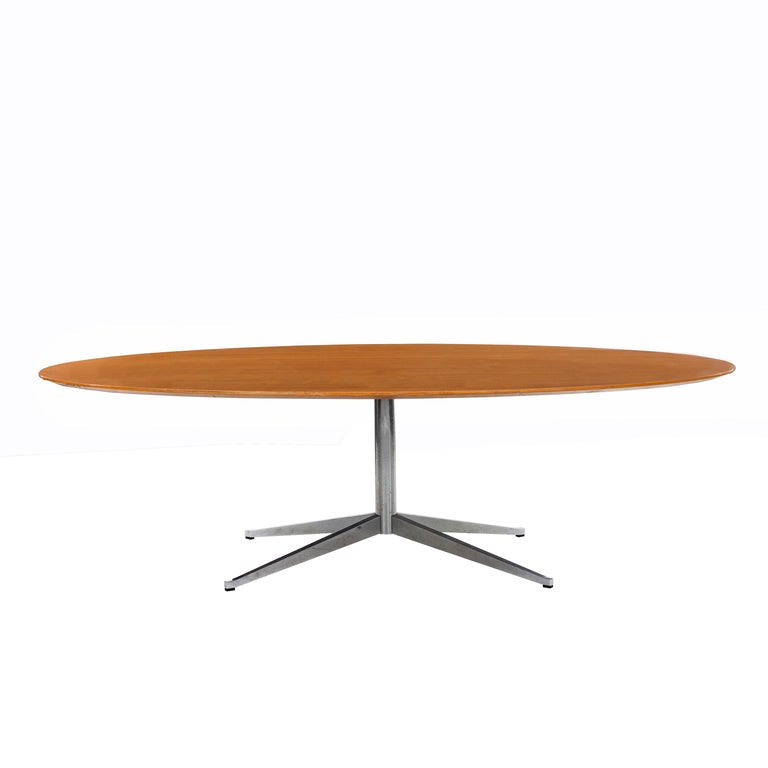 Florence Knoll Oval Table/Desk