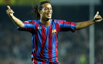 Ronaldinho fan? The shirt you wore in Barcelona FC has an incredible history