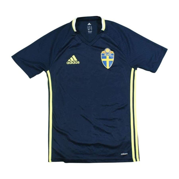 Sweden fan vintage woman football t-shirt