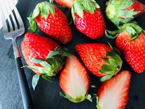 181 Wed KIRAKU Strawberry A size (300-330g)