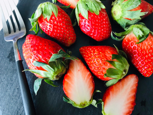 181 Thu KIRAKU Strawberry A size (300-330g)