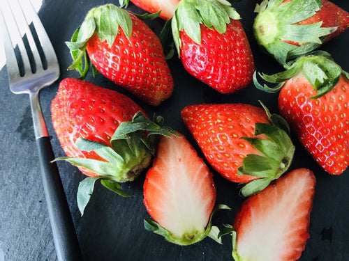 181 Fri KIRAKU Strawberry A size (300-330g)