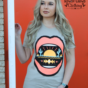 Desert Lips Tee - Bar L Boutique