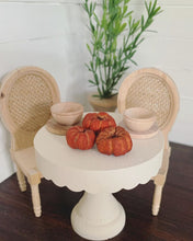Load image into Gallery viewer, Mini Faux Pumpkins for Dollhouse