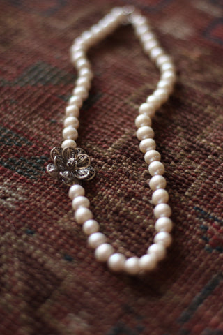 Genuine Freshwater Pearl Necklace with Egyptian 925 Sterling Silver Flower Petals Pendant| Rounded Real Pearl Floral Charm|Chic Flora Pearl