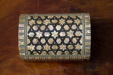 Egyptian Inlaid Mother of Pearl Wooden Jewelry/Islamic Box. Classic Islamic Ottoman Pattern. Vintage Treasury Box.