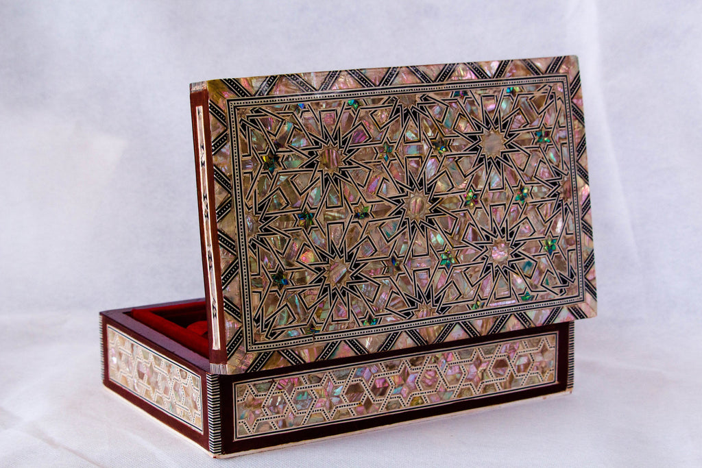 Rhythmic lines Egyptian Inlaid Mother of Pearl Wooden Jewelry Box. Lockable  Vintage Treasury Box.