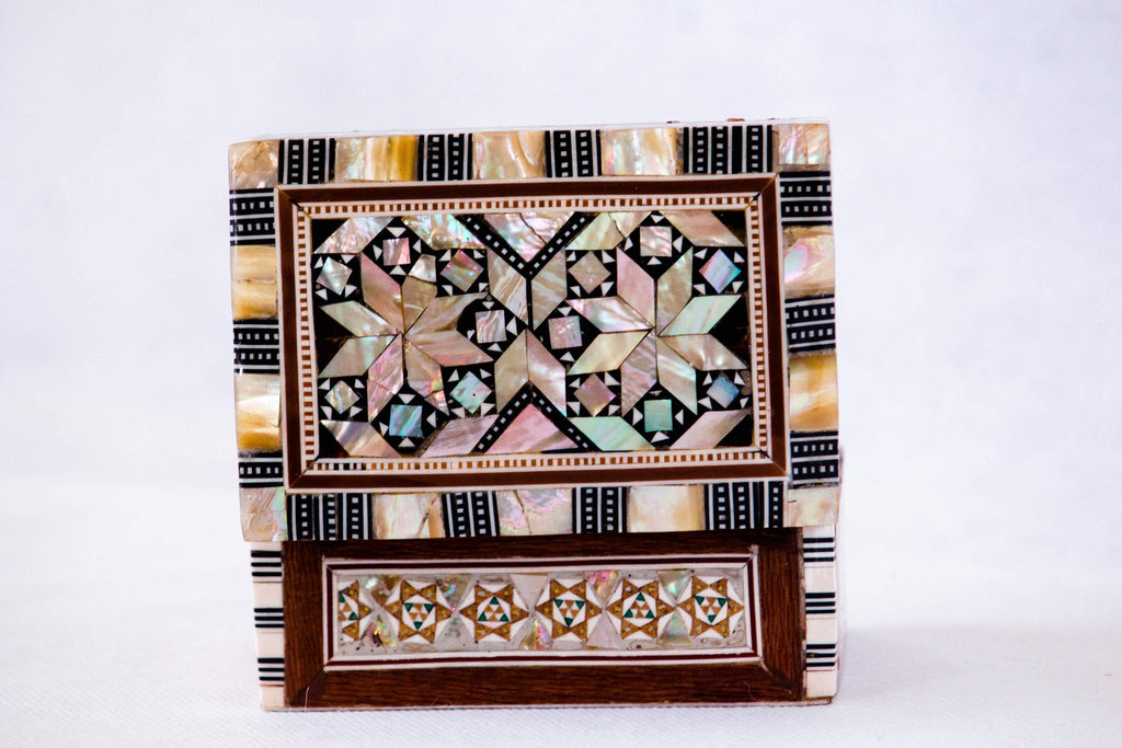 Arabesque Floral Inlaid Mother Of Pearl Egyptian Box| Handmade Jewelry Box with Ottoman Patterns. Cute Vintage Hhandmade Egyptian Box