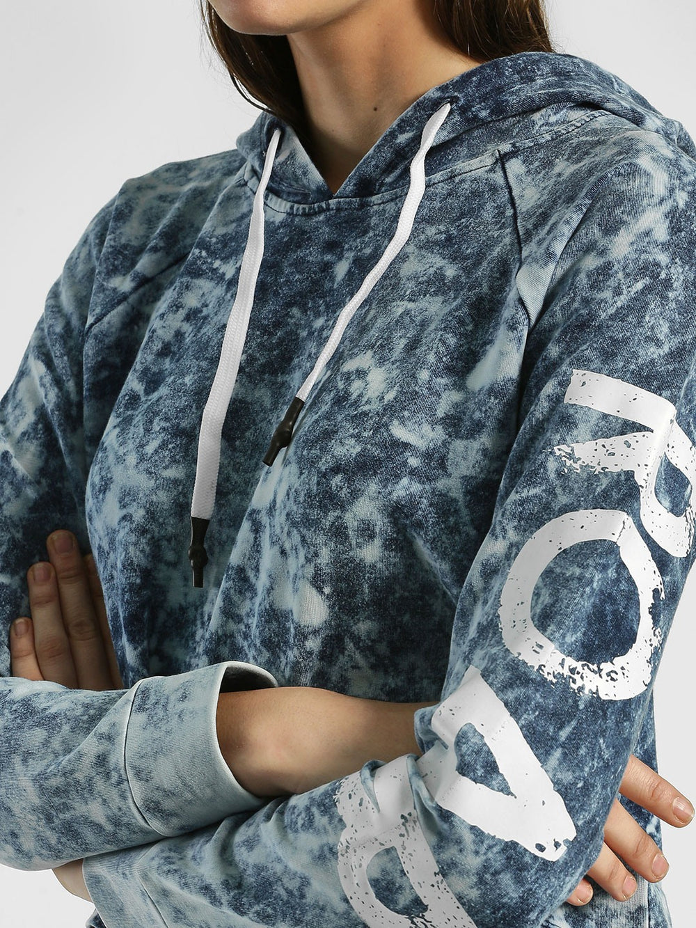 Blue faded Roar Print Crop Hoodie