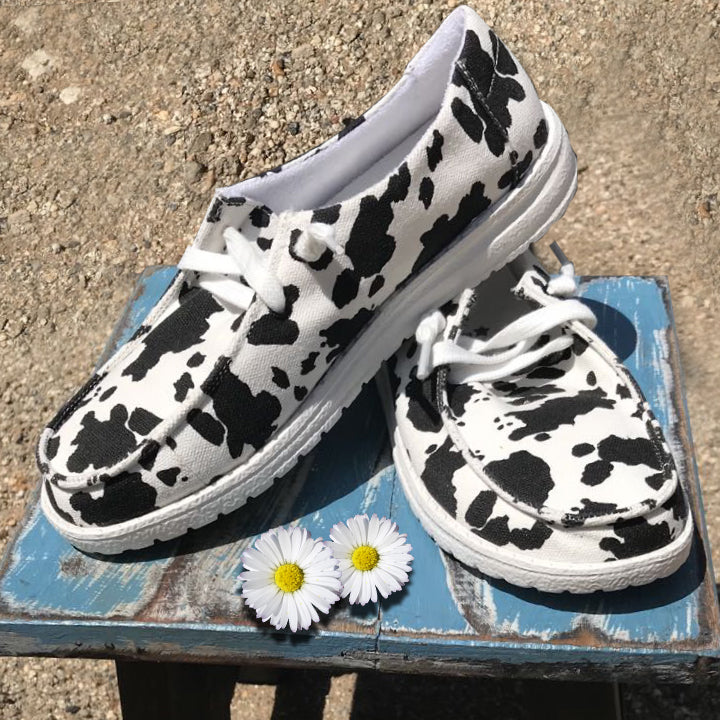 Black/White Cow Sneaker