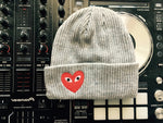 Commo Des Heart Hat