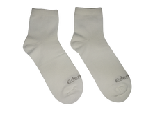 Load image into Gallery viewer, Edenswear Zinc-infused Tencel Eczema Moisturizing Treatment Socks for Kids