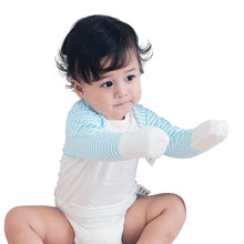 Load image into Gallery viewer,  Zinc-Fiber Scratch-Free Mitten Sleeve Top for Baby with Eczema