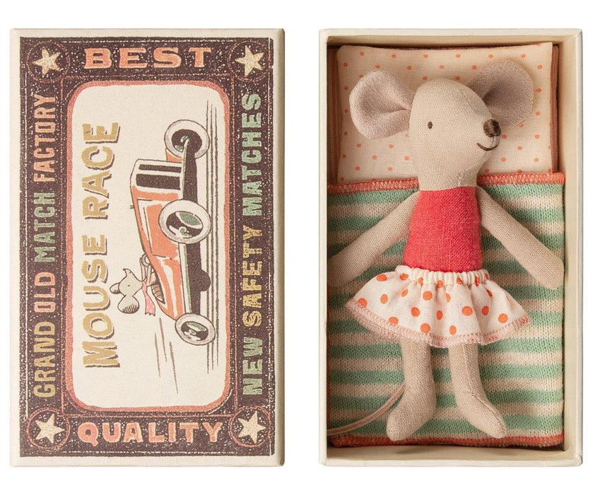 Maileg Maileg Little Sister Mouse in Box - Pearls & Swines