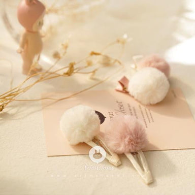 Arim closet Arim Closet Pompon Hair Pin - Pearls & Swines
