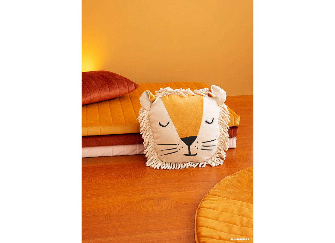 Nobodinoz Nobodinoz Savanna Lion Cushion - Pearls & Swines