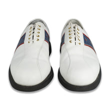 Load image into Gallery viewer, FootJoy Classics Tour Leather Golf Shoes (9 D)