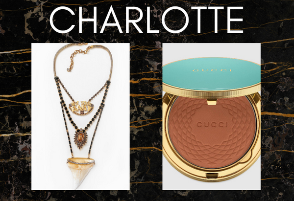 Pairing: DYLAN LEX Charlotte necklace with makeup compact